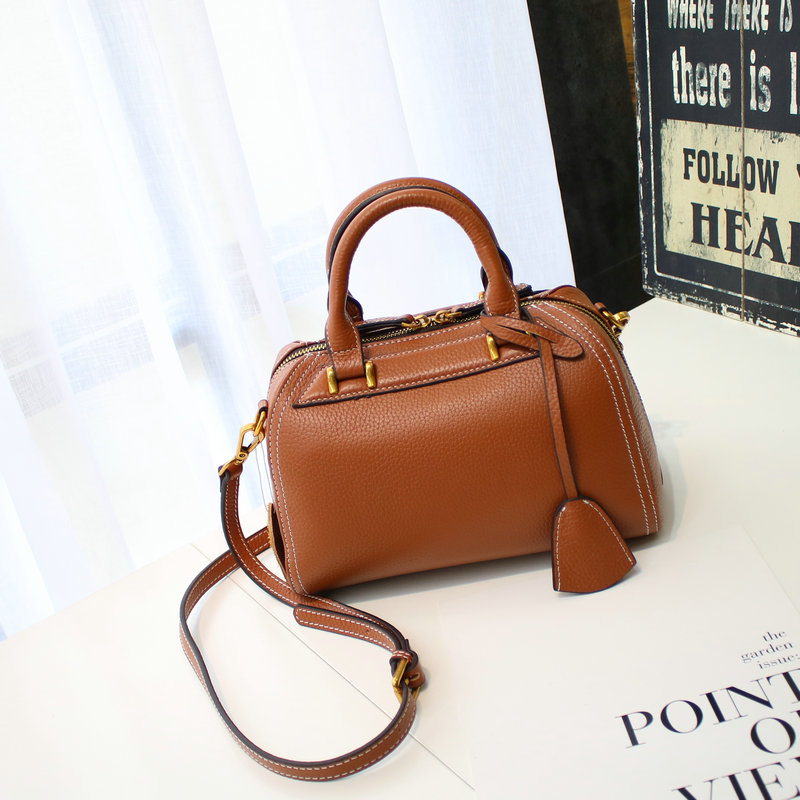 high-end women leather genuine bags of high quality bags, shoulder to block the cowskin handbags 2019 new high qualityhigh-end women leather genuine bags of high quality bags, shoulder to block the cowskin handbags 2019 new high quality