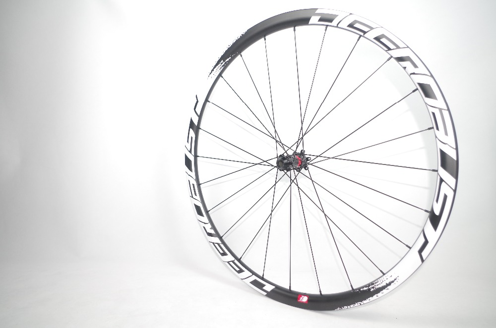 1099g FLT 700C 30mm Deep 25mm Wide Tubular Road Disc Brake Cyclocross Bicycle Carbon Wheels CX Bike Wheelset 24 28 Holes XDR 12s in Bicycle Wheel from Sports Entertainment