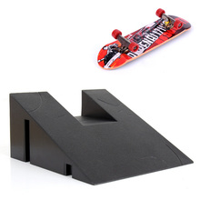 Desk Deck Fingerboard with Rail Finger Skate Board Park Ramp Parts Scooter