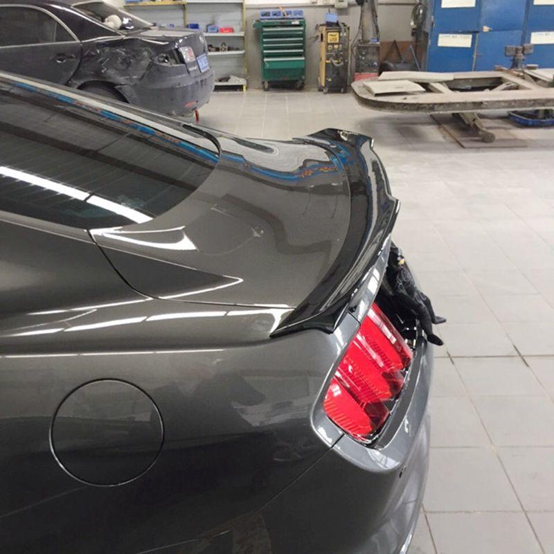 Mustang Carbon Fiber Gloss Black Car-styling Rear Trunk Wing Spoiler for Ford Mustang 2015 2016 2017 yandex w205 amg style carbon fiber rear spoiler for benz w205 c200 c250 c300 c350 4door 2015 2016 2017