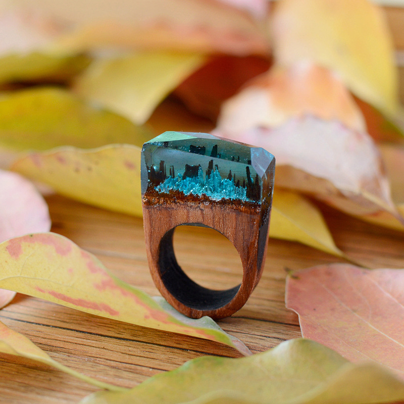 Cheap Price Vintage Handmade Creative Wood Secret Forest Snow Healing Terrarium Lucky Crystal Glass Ring Lovers Fashion Jewelry Accessories Fashionable And Attractive Packages