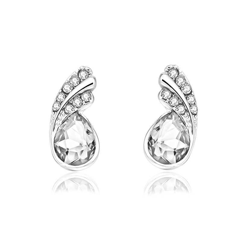 Crystal leaf stud Earrings 4