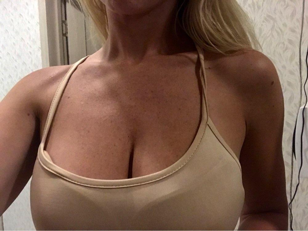 Для женщин Самоклеющиеся Без Бретелек повязки Blackless твердый бюстгальтер палку гель силиконовые Push Up Для женщин нижнее белье невидимый бюстгальтер