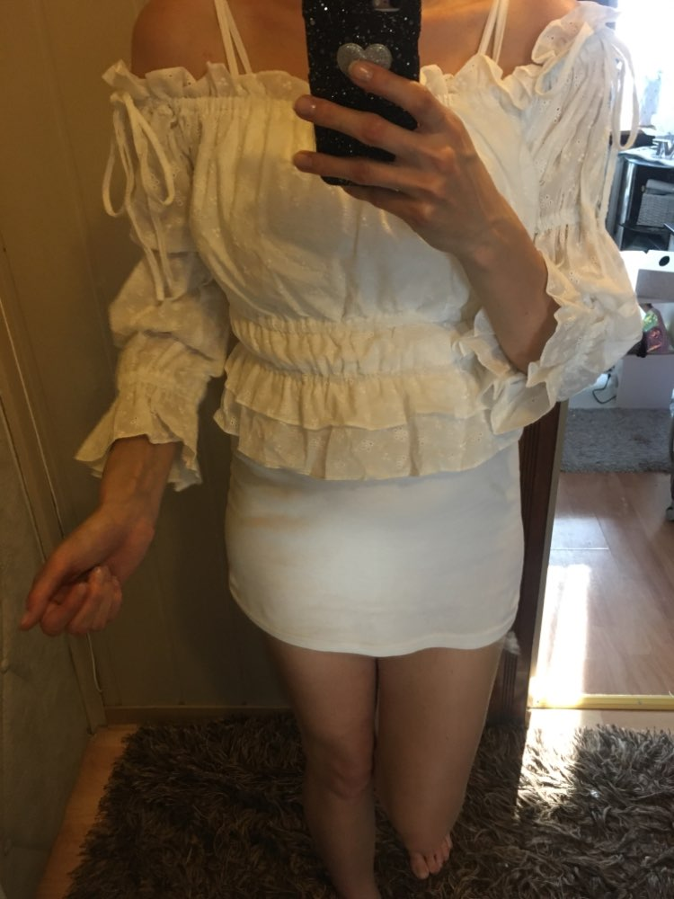 Sexy Off Shoulder Slash Neck Women Crop Tops And Blouse Casual Holiday White Embroidery Beach Shirt Female Short Blouse photo review