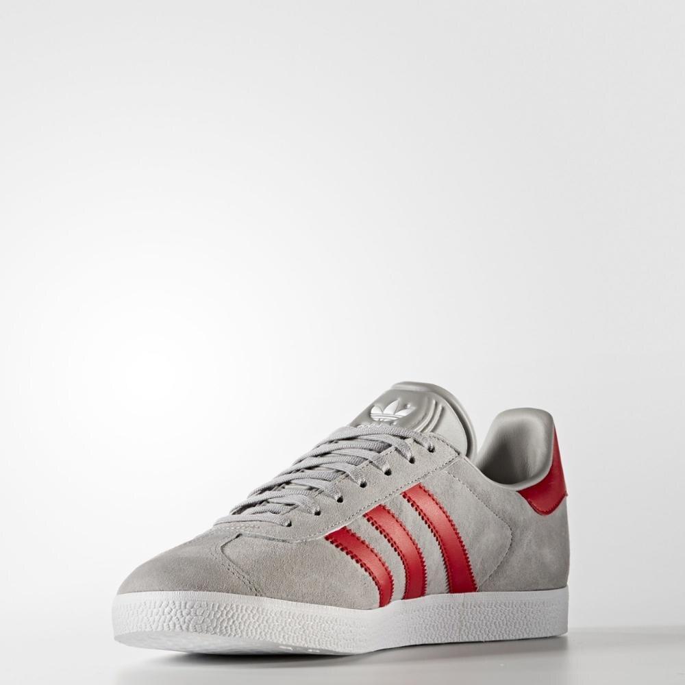 Sneakers BB5257 Zapatillas Adidas Original Gazelle Gris y Rojo Hombre