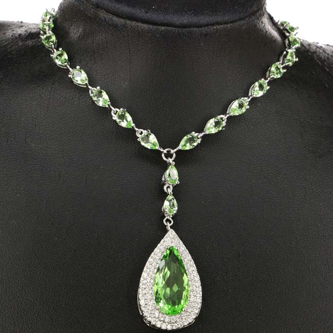 Luxury Drop Shape Pendant Green Tsavorite Garnet White CZ Present Silver Necklace 18-19 inch 32x18mm