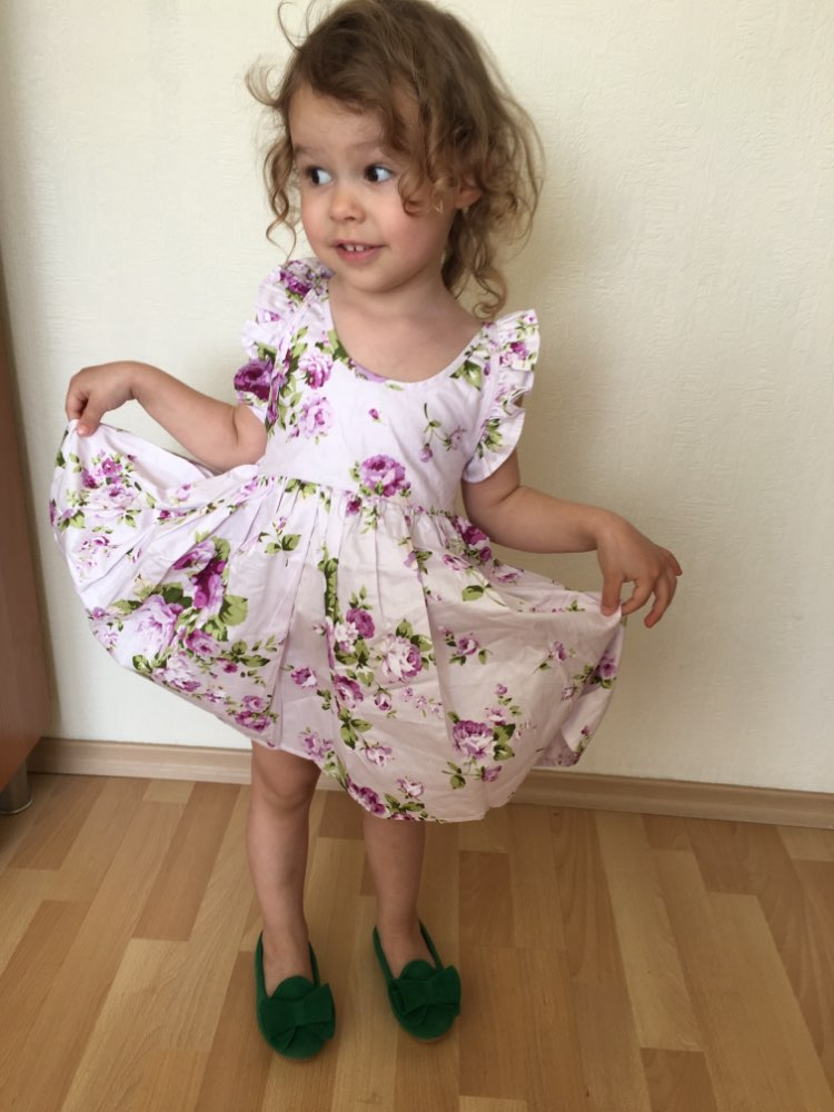 Girl's Floral Printed Ruffle Sleeved Dress and Hat Set photo review
