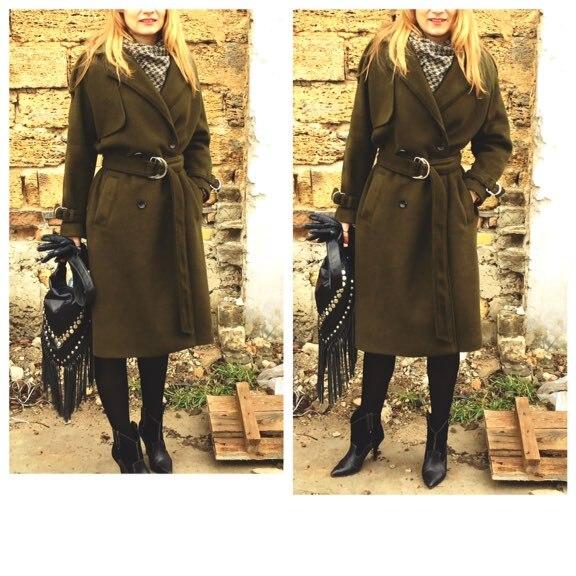 Пальто цвета хаки бренда JAZZEVAR