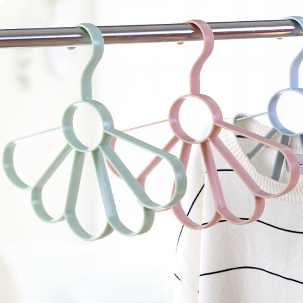 Creative Multi-functional Hangers Fan Racks Clothes Hanger Garment Tree Kids Coat Jacket Drying Rack Holes Holder