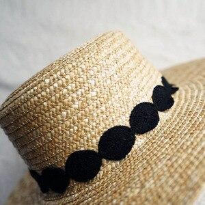 Image 4 - שמש כובע לנשים Wide ברים קש מגבעת כובע אלגנטי שחור לבן תחרה שטוח חוף כובע גבירותיי קיץ כובע עבור חופשה כנסיית דרבי