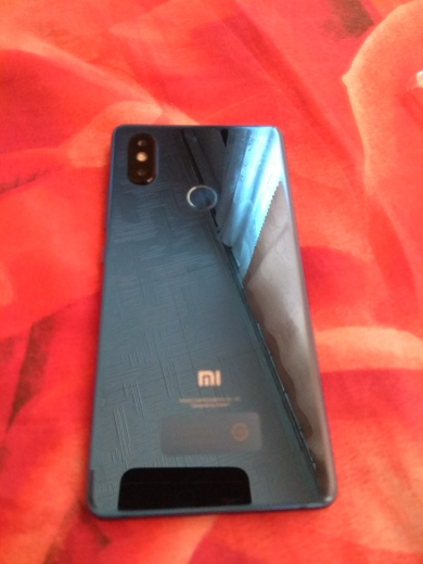 "Multi language Xiaomi Mi 8 SE Snapdragon 710 4GB RAM 64GB ROM Octa Core 5.88"" 2144x1080P Fingerprint ID Mobile Phone"