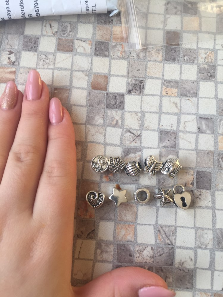Пункт Форма:: Круглая Форма; браслет; Материал:: Кристалл;