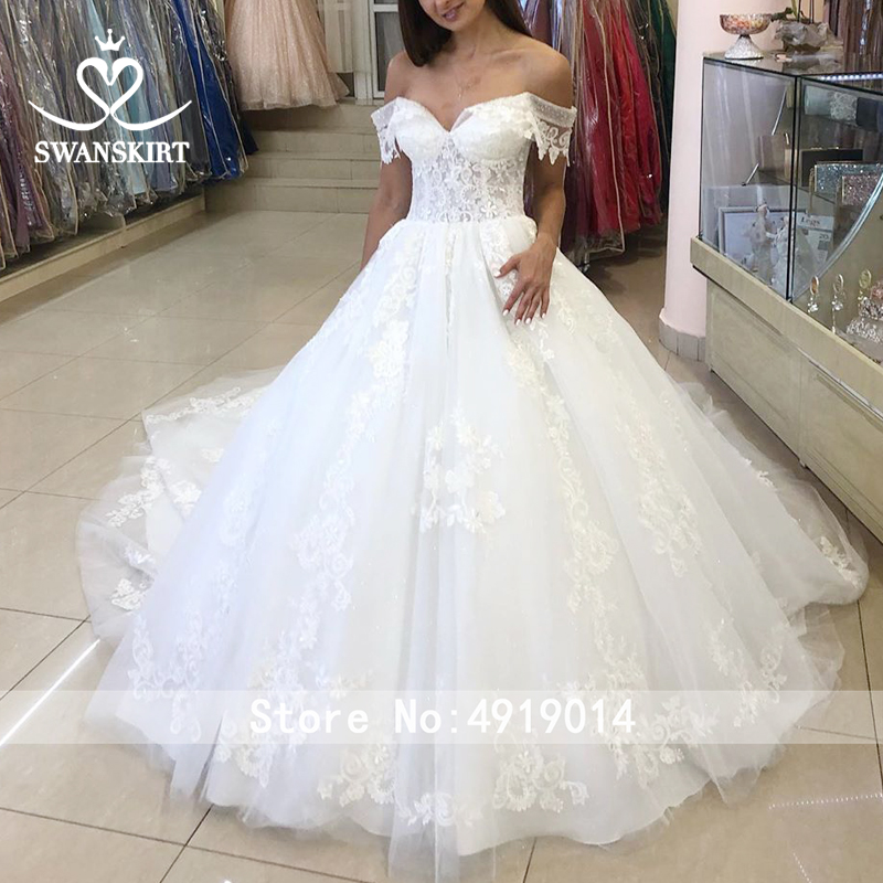 Image 5 - Swanskirt Sweetheart Ball Gown Wedding Dress 2019 Sexy Appliques lace Flowers Royal Train Tulle Bride gown Robe De Mariage N104-in Wedding Dresses from Weddings & Events