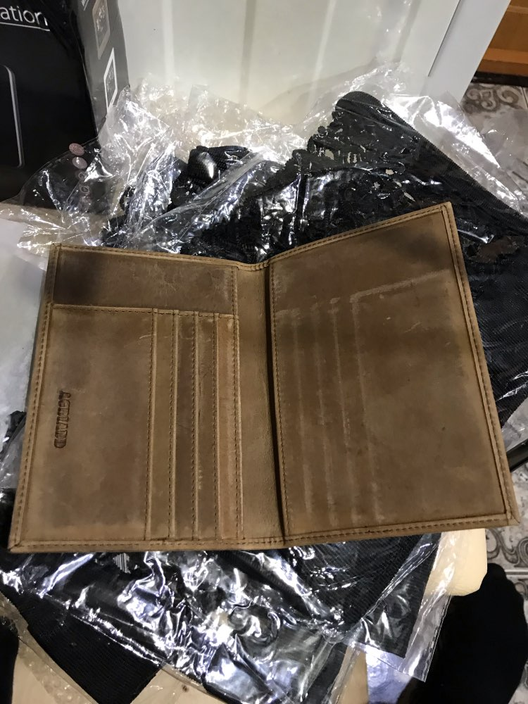 Vintage Crazy Horse Leather Passport Holders Genuine Leather Passport Covers 589 Credit Card Holder RFID Travel Document Cover photo review