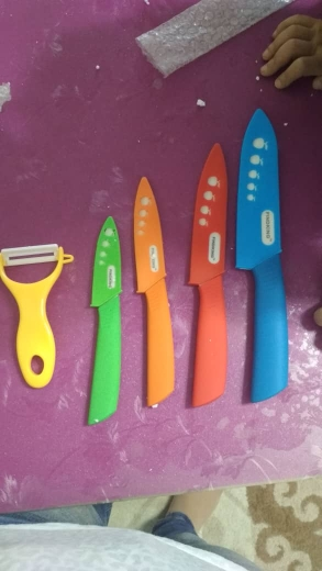 """FINDKING Beauty Gifts Zirconia kitchen green color knife set Ceramic Knife Set 3"""" 4"""" 5"""" 6"""" inch+peeler+Covers"""
