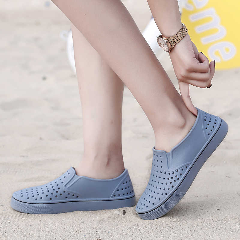 Casual Native Summer Man Sandals Hollow Outdoor Jelly Garden Breathable Hole  Cutout Slip on Male Cool b9510cc5138f