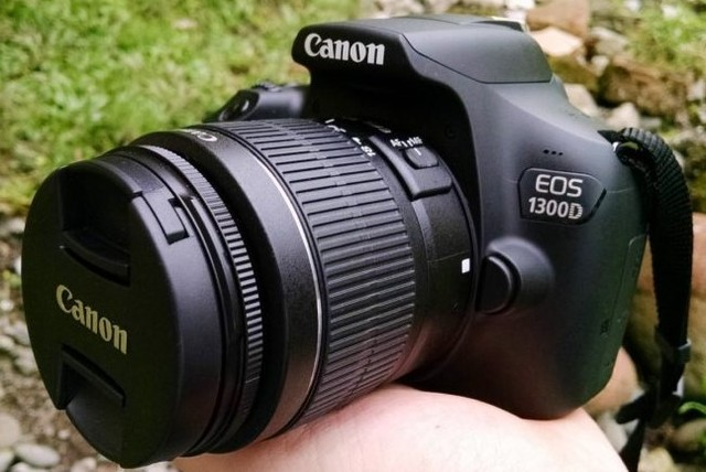 Canon EOS 1300D rebelde T6 DSLR Cámara Wi-Fi con lente de 18-55mm