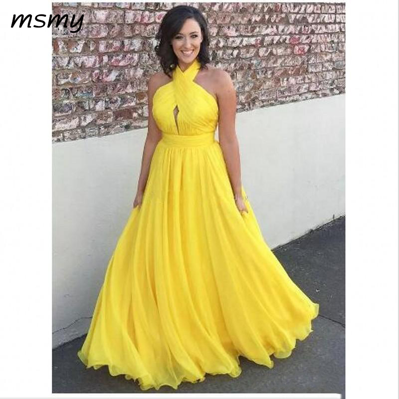 Yellow Plus Size Chiffon Long Evening Dresses Halter Pleated Flowy Floor Length Backless Evening Dresses Formal Party Gowns