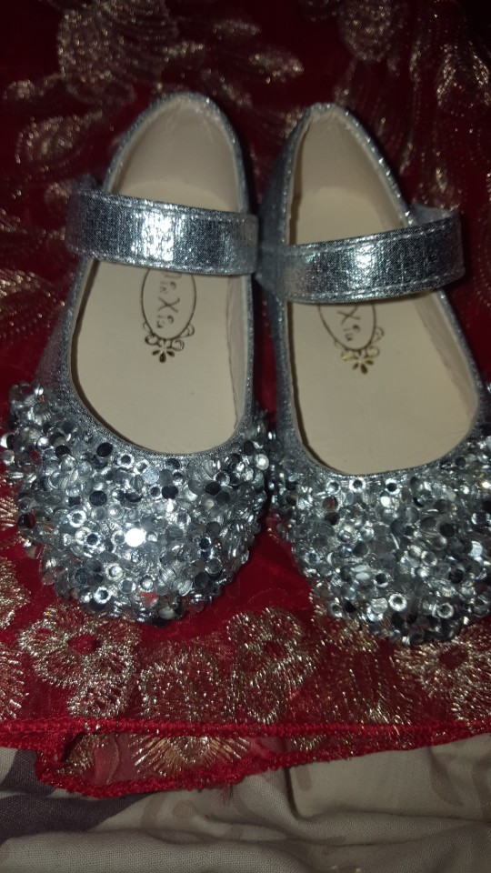 14 reviews for Children s autumn rhinestones small shoes sequins princess  shoes girls princess shoes single shoes three colors optional YLNEW c4b69764a560