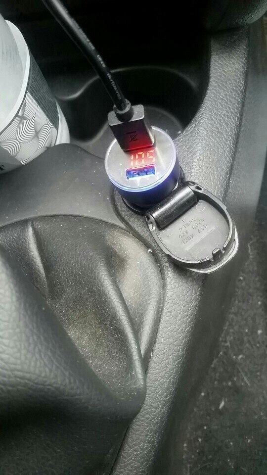автомобиль Си; зарядное устройство USB; Год:: 2015;