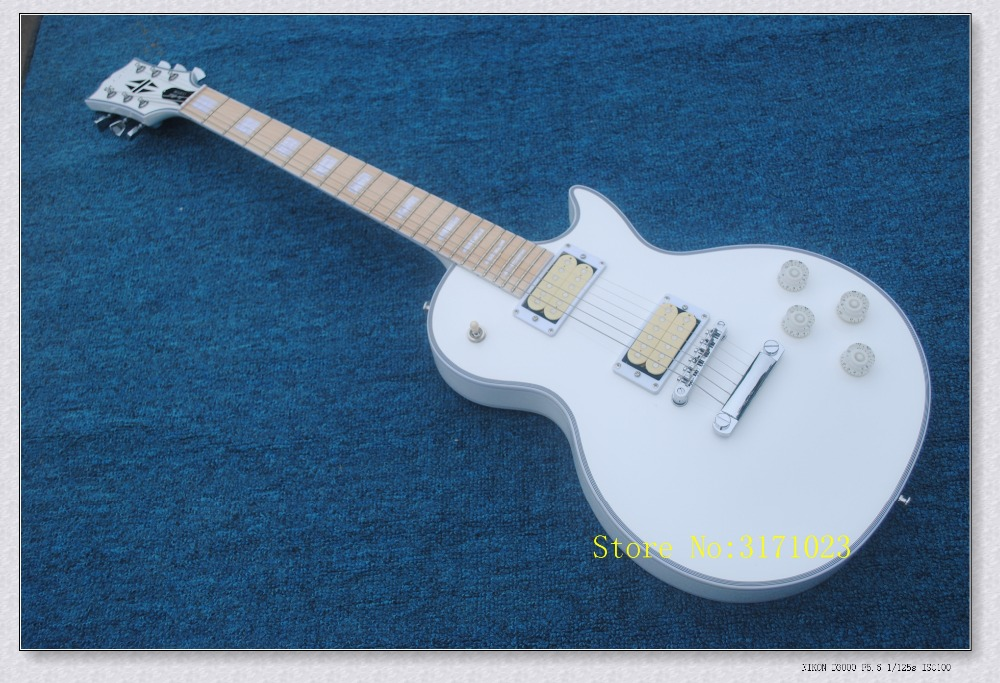 2017 New arrival white body LP guitar, The guitar bag free of charge new promotional gift flash free shipping
