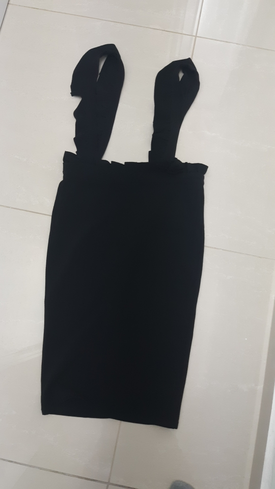SweatyRocks Black Frill Detail Pinafore Skirt For Ladies Knee Length Elegant Pencil Skirt Women's Plain Midi Skirts
