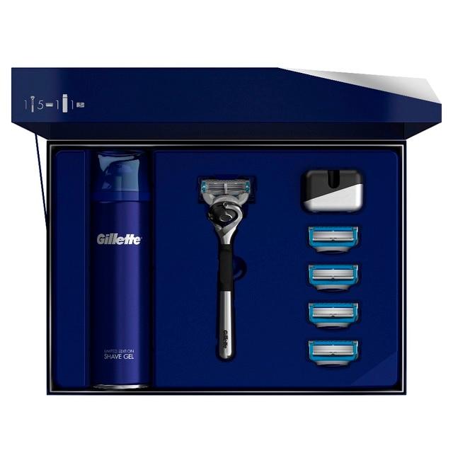 Подарочный набор Gillette Fusion5 ProShield Chill ограниченная серия с хромированной ручкой (Бритва + 5 сменных кассет + Гель для бритья, 200 мл + Подставка)