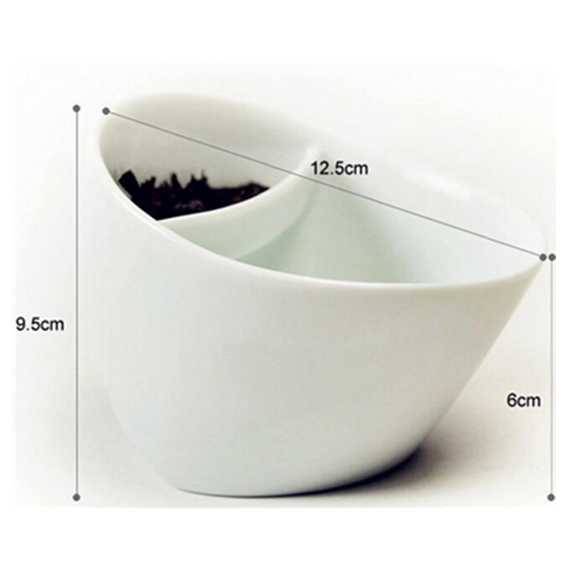 250ML kallutatav plastikust teekruus. Purutee joomine mugav ja lihtne. Värvivalikus must või valge. 4