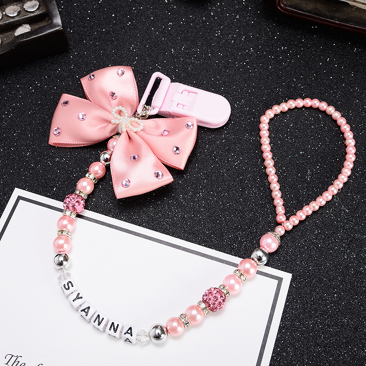 Купить с кэшбэком MIYOCAR Any name Bling silver rhinestone bow pink and sliver beads dummy clip holder pacifier clips holder/Teethers clip