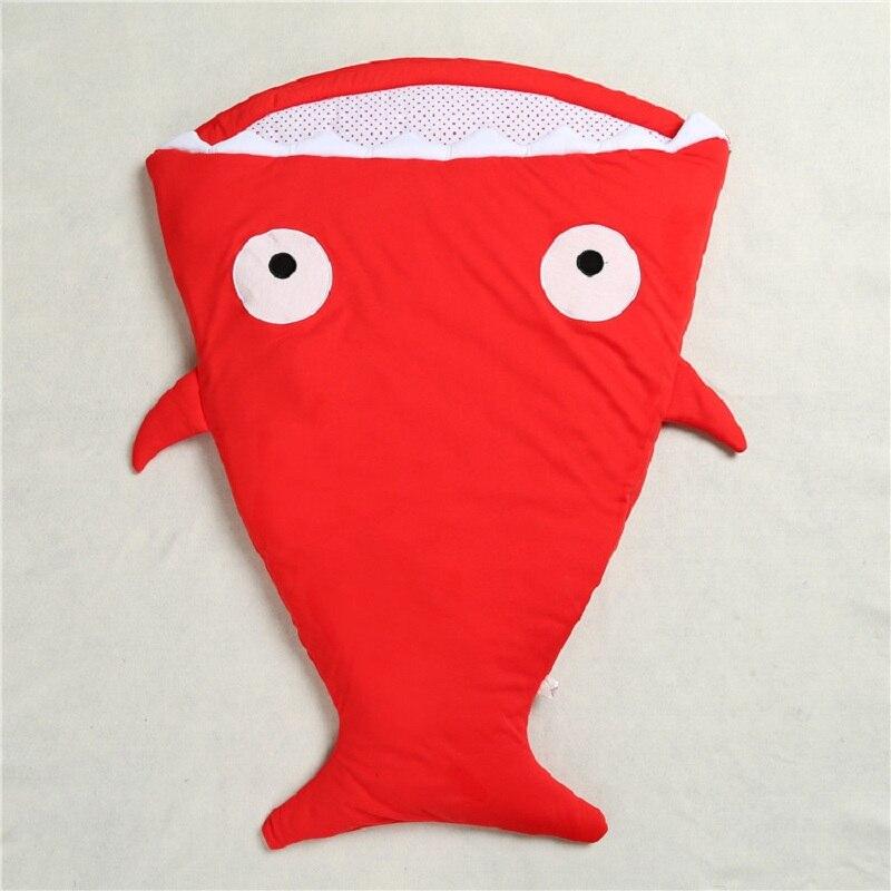 Теплый спальный мешок Мягкий хлопок теплый плед зима сладкий мультфильм Акула младенцев новорожденных детские спальники 7 цветов - Цвет: Красный