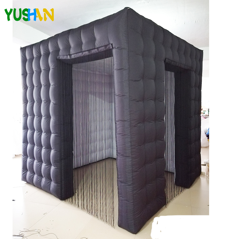 Toile de fond gonflable portative de partie de cabine de photo de la coutume 2.5m avec la cabine gonflable de lumières de LED à changement de couleur pour des mariages de partie