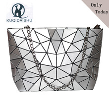купить Women Bag 2019 Hot Sale Bao Woman Messenger Bags Hologram Sac A Main Chain Bag Crossbody Bags For Women Casual bolsas Silver по цене 633.08 рублей