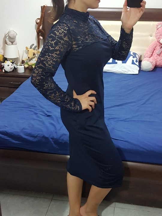 Very beautiful dress! I just tried it on and it fits perfect! Not too  tight. Good material very comfortable. 39372e4c0
