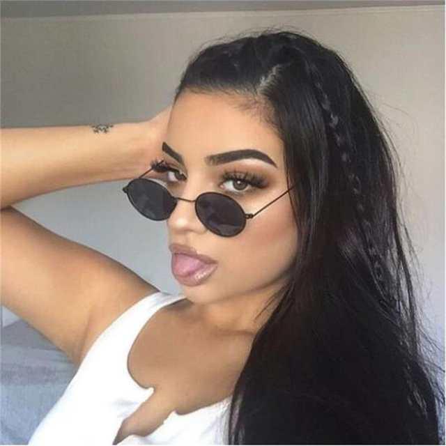 b99af771643c0 placeholder Pequeno Oval Óculos De Sol Retro Mulheres Óculos Vintage Óculos  de Armação de Metal Espelho de