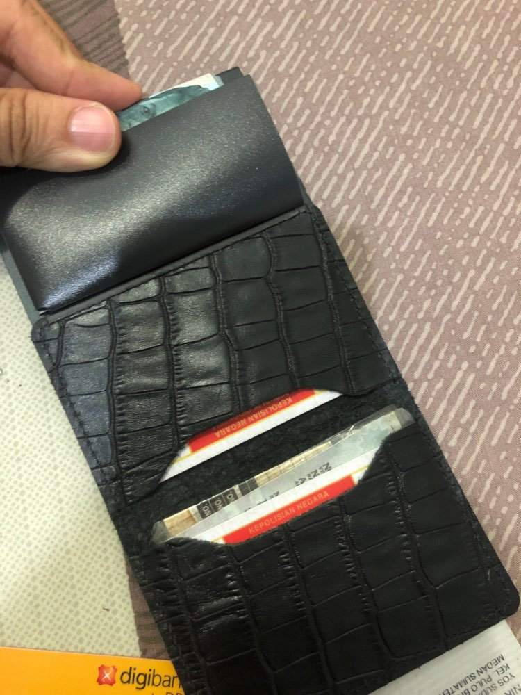 New RFID retro crocodile leather credit card holder men's aluminum business ID multi-function leather buckle ultra-thin wallet photo review