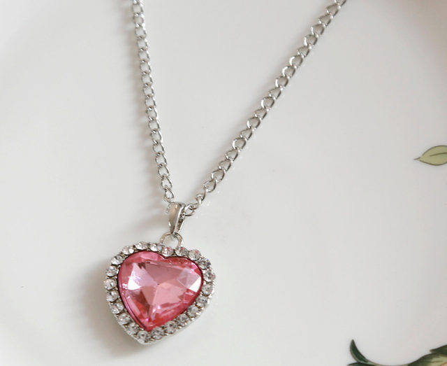 Online shop new arrival charming jewelery accessories titanic new arrival charming jewelery accessories titanic crystal rhinestone inlaid heart shaped pendant necklace fine jewelry aloadofball Image collections