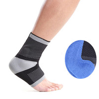 1PC Breathable Ankle Support Adults Padded Elastic Soccer Ankle Guard Half Socks Sport Safety Foot Guard