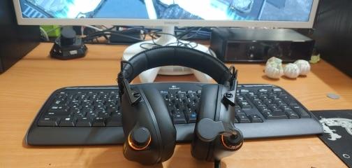 Fones de ouvido immersive gaming surround
