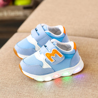 2018 Breathable Sports LED Lighted Baby Casual Shoes Fashion M Cool Cute Baby Sneakers Hook Loop