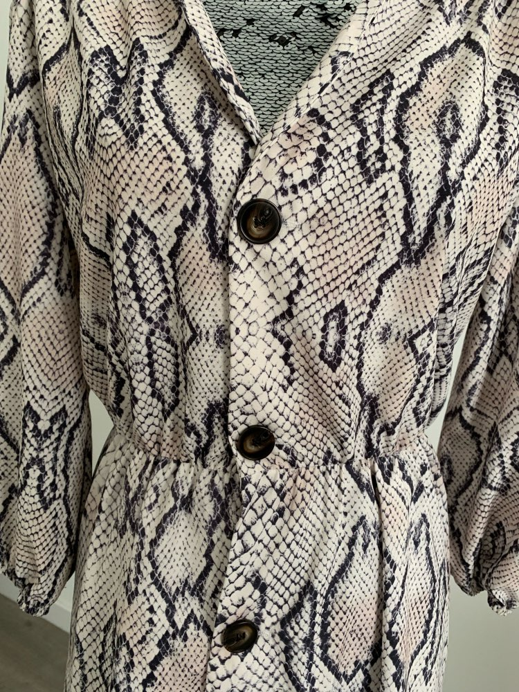 Women Summer Dress Sexy V Neck Button Snake Print Party Dresses Vintage Half Sleeve Mini Dress Snakeskin Dress Vestidos photo review
