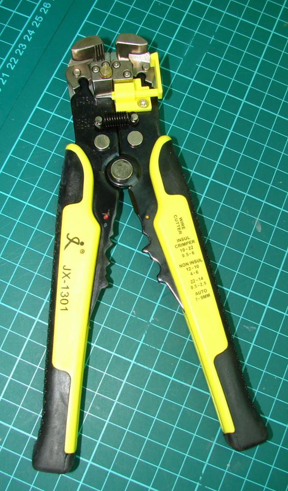Self-Adjusting Wire Stripper Cable Cutter Electricians Crimping Tool ...