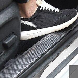 Image 2 - Bande de protection pour portes de voiture, garniture pour pare chocs avant, en Fiber de carbone, autocollants pour porte de voiture, chrome, style