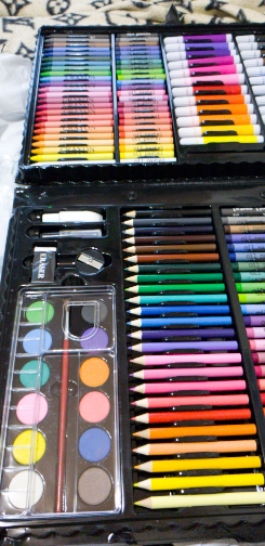 168 Items Creative Drawing & Painting Set photo review