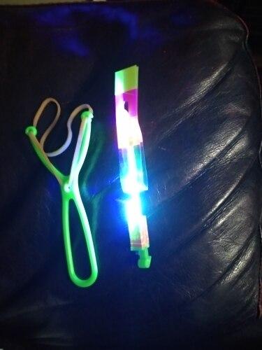 Пол:: Унисекс; Материал:: пластик; LED отражатель;