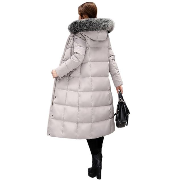 Mulheres jaqueta de inverno com capuz outwear gola de Pele De Longa seção engrossar quente Parka Sobretudo de alta qualidade