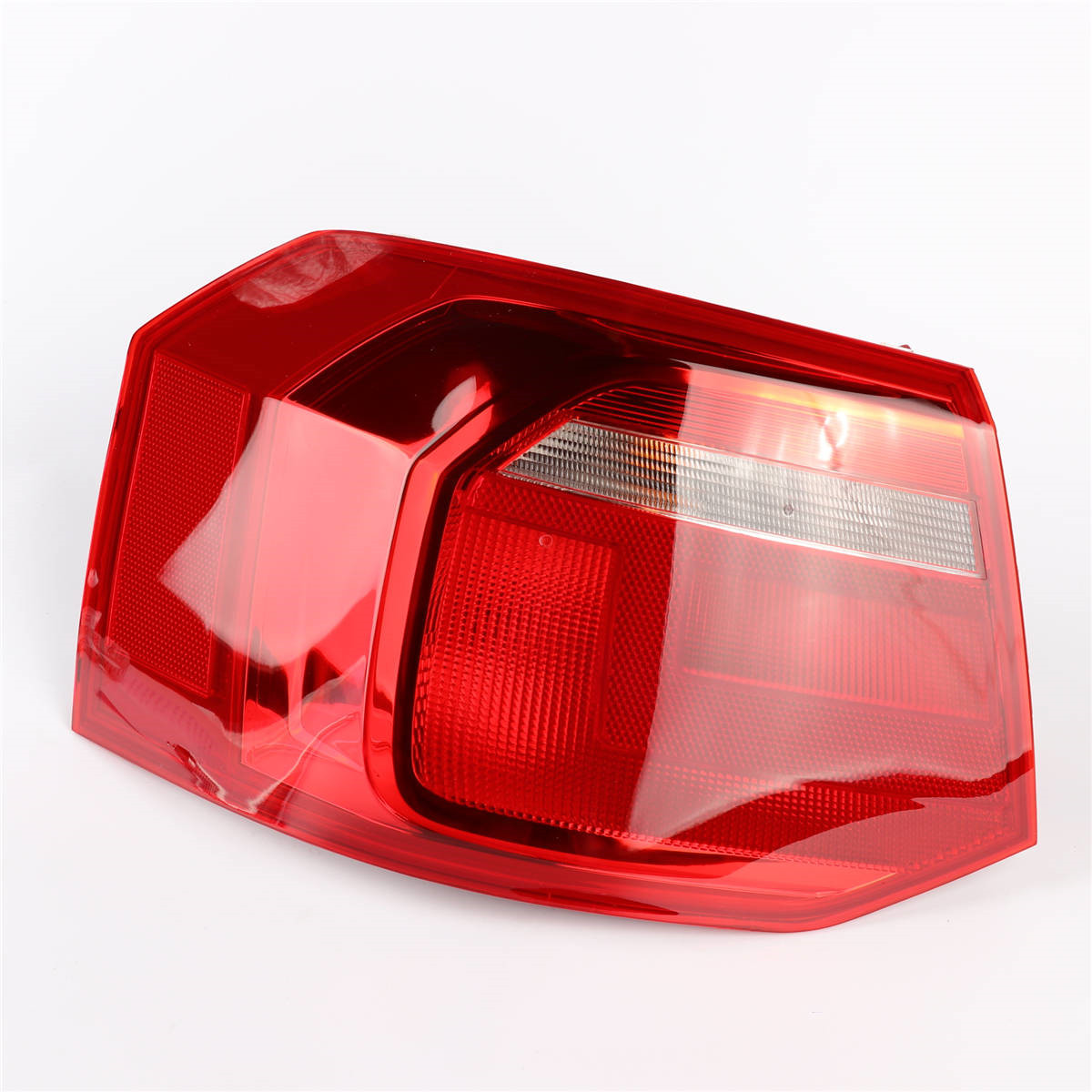 Left Side OEM 1Pcs Red Color LED Light Tail Lights Rear Lamp For Volkswagen VW Jetta 2013-2019 MK6 31G 945 095 accent verna solaris for hyundai led tail lamp 2011 2013 year red color yz