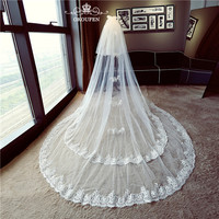 2018 Two Layers Long 3M Wedding Veils With Comb Beads Lace Edge White Tulle Cathedral Train 3 Meters Bridal Hair Accessories