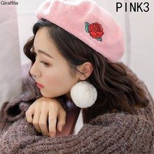 Nuevos sombreros de invierno para las mujeres Boinas boina de lana de punto  patrón bordado Boinas sombreros Baret caliente gorra. a2934ecfa70