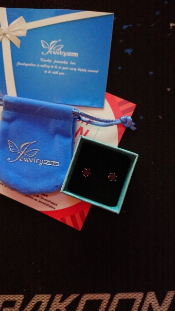 Round Garnet Stud Earrings photo review