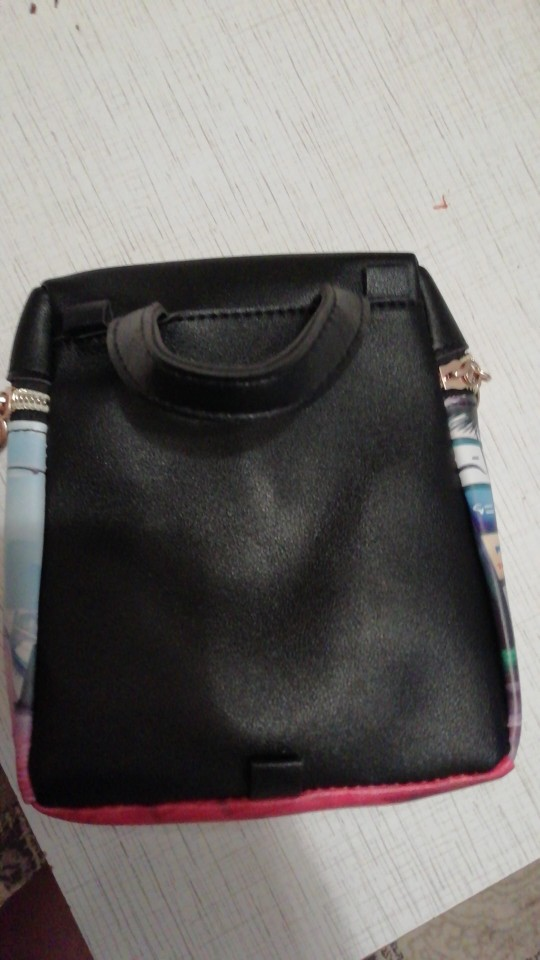 Designer Handtassen Hoge kwaliteit Dames Messenger Bags Handtas Cartoon Emmer Tassen PU-schoudertas Lady Crossbody Mini-tas photo review